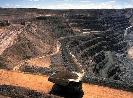 Ministerio de Minería apoya la capacitación de servidores públicos en la zona sur