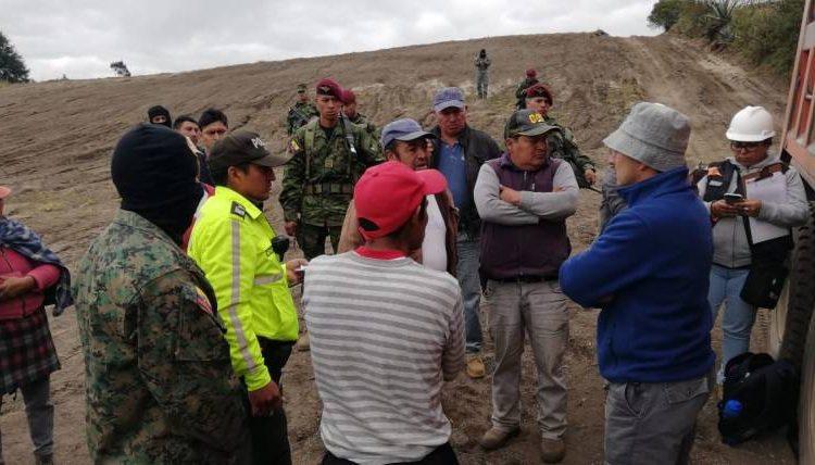 """Suspenden actividad minera """"ilegal"""" en Cotopaxi."""