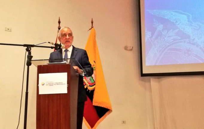 Ministro de Energía ve con preocupación resultado de consulta minera en Azuay
