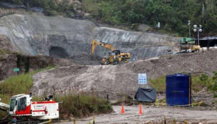 Gobierno y empresa minera dicen que proyecto sigue adelante