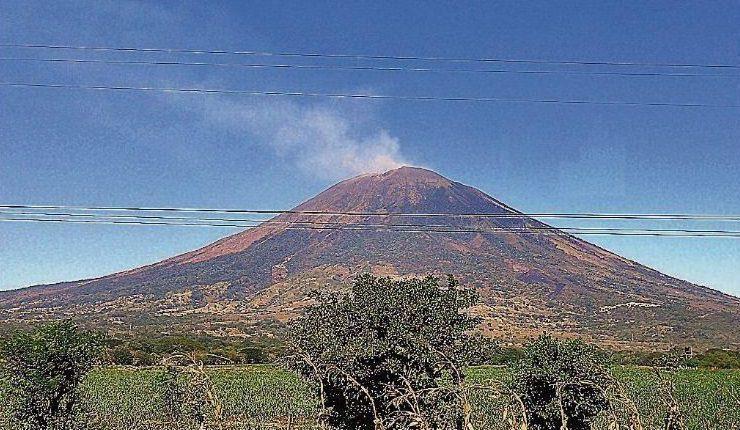 Activación de fallas geológicas genera enjambre sísmico en zona oriental de El Salvador