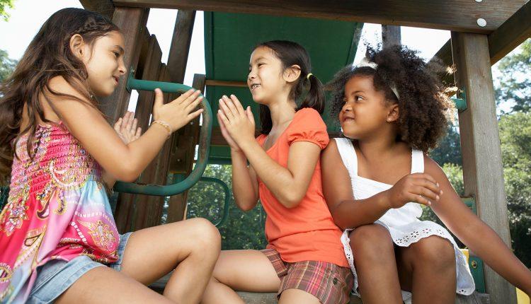 Hablar con los niños sobre la raza.
