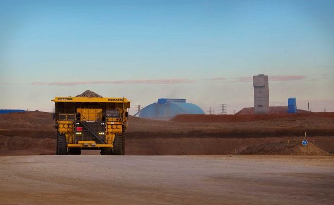 Freeport-McMoRan reducirá costos y producción